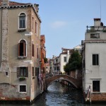 Bridging Houses